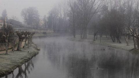 Esta mañana volvieron las nieblas al casco urbano de Monforte