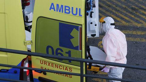 Traslado en el hospital Montecelo, en Pontevedra