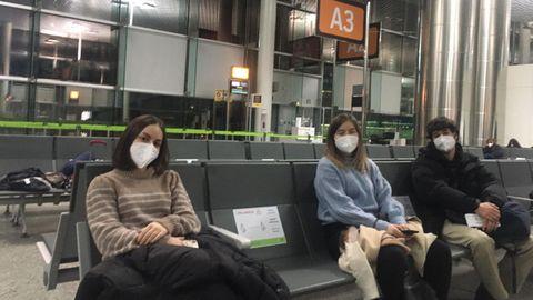 Tres afectados en el aeropuerto de Santiago