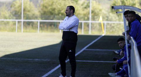 Javier Cordero, en un partido del cadete A del Oviedo en la 18/19