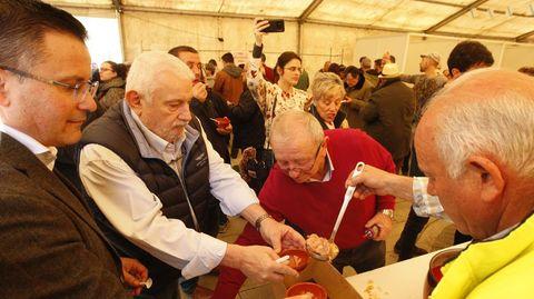 El año pasado se celebró la edición 29 de la Festa do Caldo de Ósos
