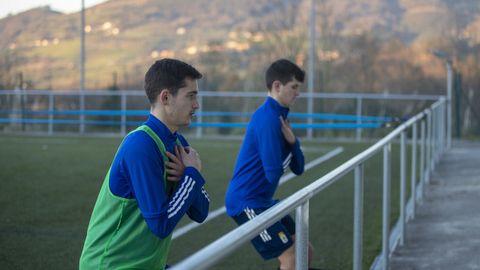 Lucas Laso, con peto verde, en un entrenamiento