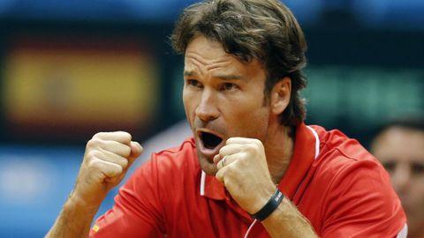 CARLOS MOYÁ (Extenista). Cuando formaba parte del Olimpo del tenis se trasladó a Montecarlo. Tras esa primera parada, en el 2000 dio el salto a Ginebra. Alegó que Suiza era una «isla de paz».