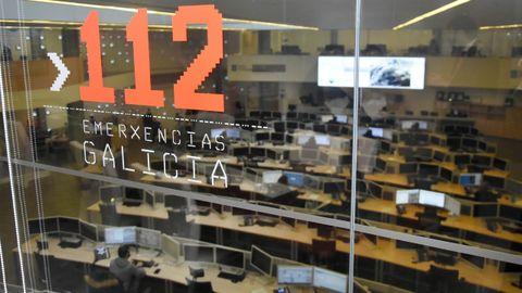 Sala de operaciones del 112 en la sede de la Axega en A Estrada