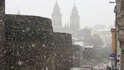 OTOÑO. Lluvia en octubre, calor y tiempo seco en noviembre y nieve en la ciudad el 4 de diciembre.