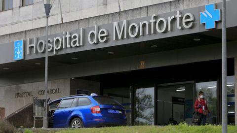 Entrada del Hospital Público de Monforte, en una imagen de archivo