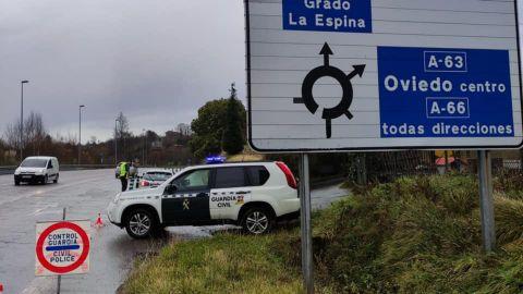 Dispositivo de la Guardia Civil para el cierre perimetral de Oviedo
