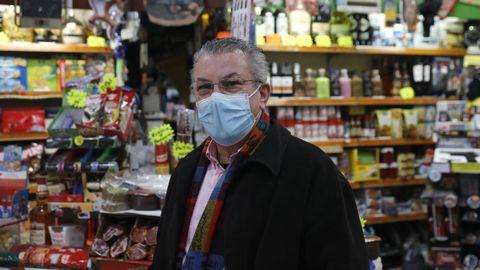 Toni Dosantos, propietario de un establecimiento en Feces de Abaixo