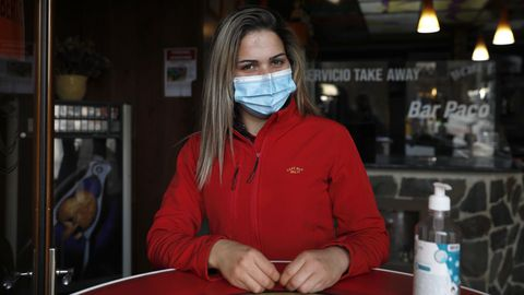 Marisa, camarera portuguesa en Feces de Abaixo