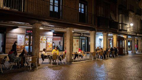 Madrid mantiene sus terrazas abiertas hasta las 21.30