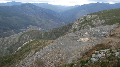 Vista de los terrenos situados entre las parroquias de Bendollo y Fiais