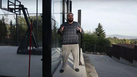 Captura de imagen del vídeo de Ibai «Mi nueva mansión 2021»