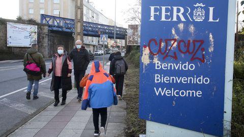 La señal de entrada está después, pero la rotonda del puente de las Cabras también es Ferrol
