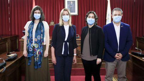 La alcaldesa y el concejal de Urbanismo en junio pasado con las presidentas del COAG Lugo y Galicia