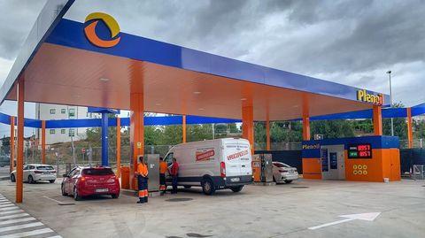 Plenoil tiene cinco estaciones de servicio en Galicia, entre ellas la de Monforte (en la foto)