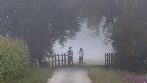 El río Umia con niebla en Ribadumia.El río Umia con niebla