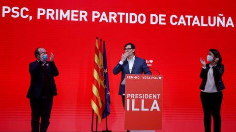 Salvador Illa comparece junto a Miquel Iceta y Eva Granados tras conocerse los resultados