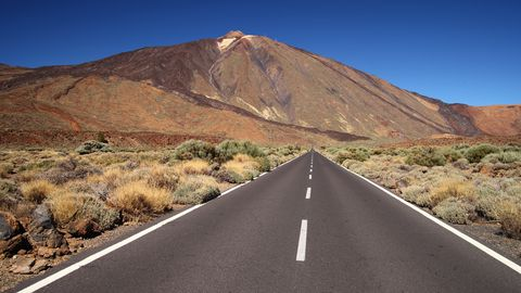 Carretera TF-2, rumbo al Teide, en Tenerife