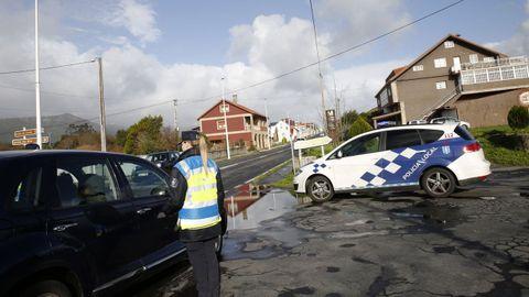 Imagen de archivo de un control realizado por la Policía Local de A Pobra