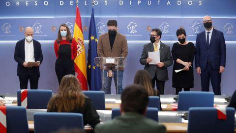 Rueda de prensa de los representantes del BNG, CUP, ERC, Junts, Bildu y PDECat