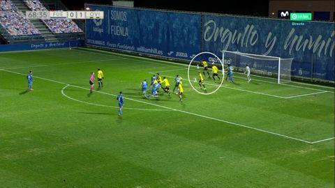 1-1 del Fuenlabrada, marcaje en zona del Oviedo. 1-Leschuk. 2-Grippo. 3-Mossa