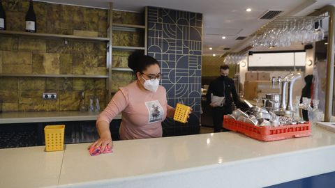 Los nuevos gerentes de la cafetería Kristal, que ahora lleva el sobrenombre de El Polar, esperan abrir hoy mismo sus puertas o en su defecto en los próximos días