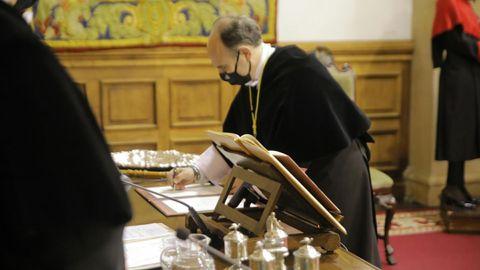 Acto de toma de posesión del rector de la Universidad de Oviedo, Ignacio Villaverde