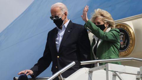 Joe Biden, a su llegada el viernes a Houston, Texas.