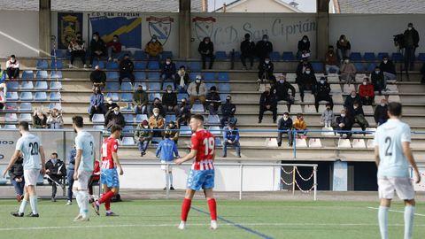 Debido a las restricciones por el coronavirus, el partido entre el Viveiro y el Polvorín del 27 de enero se disputó en San Cibrao