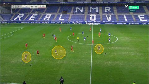 1-Borja, controlando un saque de Femenías. 2-Lucas, por detrás de la jugada. 3-Rodri cayendo a banda. 4-Javi Mier. 5-Nahuel