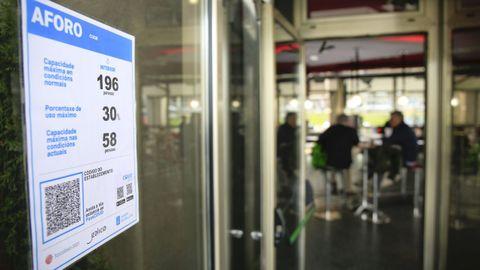 Los locales deben lucir la cartelería oficial que facilita la Xunta