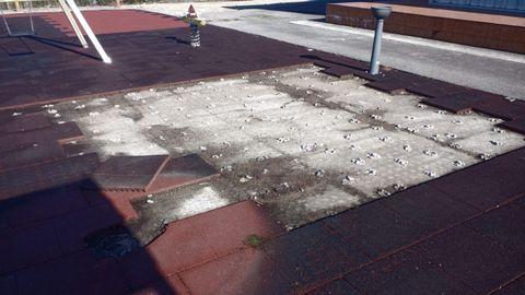 Los daños ocasionados en el parque infantil de Caamaño superaron los mil euros
