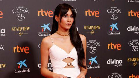 La cantante Aitana posa en la alfombra roja.