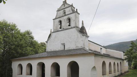 Terras de Burón: iglesia de Negueira de Muñiz