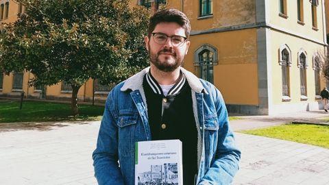 Eduardo Abad, investigador de la Universidad de Oviedo y coordinador del libro «El antifranquismo asturiano en (la) Transición»