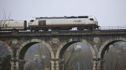 Las obras necesarias en puentes como el de A Chanca, en Lugo, se harán con técnicas casi artesanales