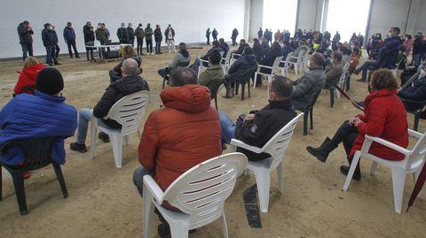 Asamblea de los trabajadores de Siemens Gamesa en As Somozas en la que aprobaron el ERE