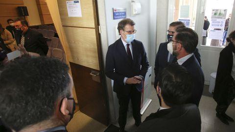 Núñez Feijoo, esta mañana en el campus de Ferrol, donde presidió un acto junto al rector, Julio Abalde