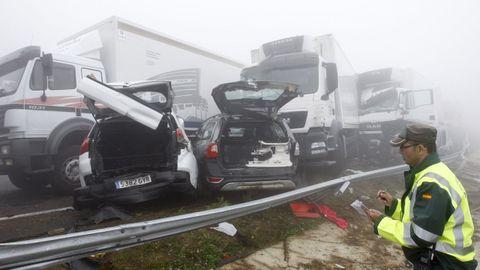 Parte de los 39 vehículos implicados en el accidente ocurrido el 26 de julio del 2014