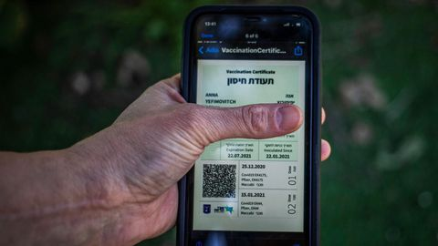 El «pasaporte verde» israelí. Concebido para incentivar la vacunación, se exige para poder acceder a salas de conciertos, teatros, hoteles, gimnasios o iglesias