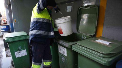 El punto limpio de Pontevedra recibió 3.495 kilos de restos de pinturas
