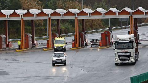 Imagen del área de peaje de Pontevedra de la autopista AP-9.