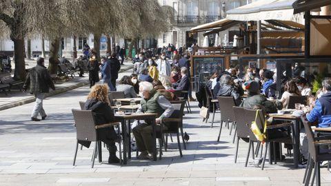 Las terrazas del centro de Lugo se han vuelto a llenar con el buen tiempo y la apertura de horarios