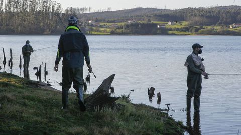 Más pescadores, en As Forcadas, Ferrol
