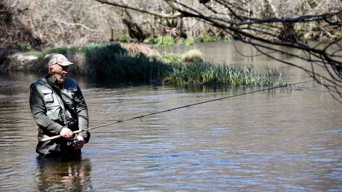 Primer día de pesca en el Coto de Baamonde, en el río Parga