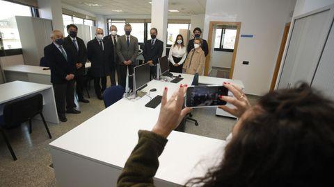 Alfonso Rueda y el presidente del TSXG visitan el nuevo juzgado de lo Social de Lugo