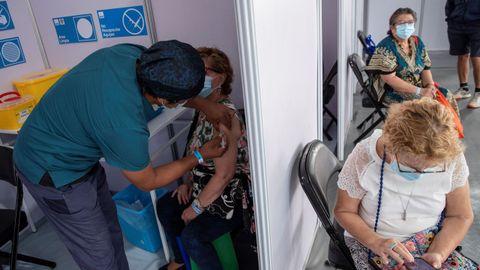 Vacunación contra el covid en Santiago de Chile