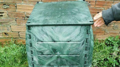 Composteiro entregados aos veciños de Antas de Ulla