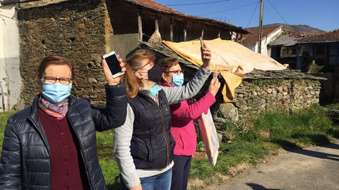 Los vecinos de O Seixo da Veiga en Riós y de O Seixo de A Gudiña, reclaman cobertura móvil.