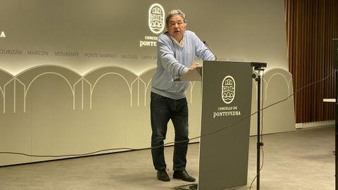Miguel Anxo Fernández Lores, alcalde de Pontevedra, durante su comparecencia de prensa de este jueves